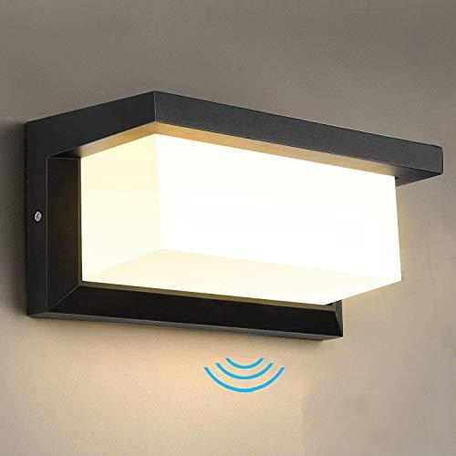 Lightess LED ポーチライト 玄関ライト 玄関照明 人感センサーライト 防水 防雨型 IP65 外灯 屋外 ウォールライト ブラケットライト アウトドアライト ウォールランプ 玄関灯 門柱灯 壁掛け照明ライト 壁直付型 廊下灯 庭園灯 壁掛け灯