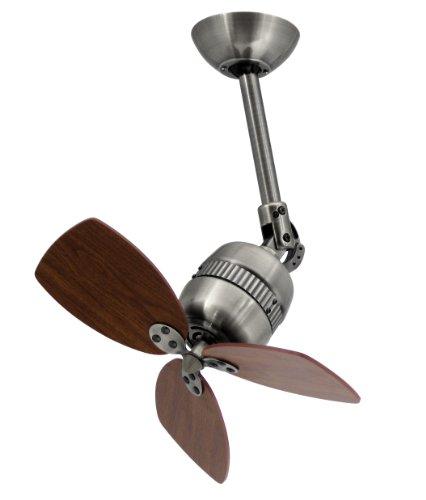 Innovador ventilador de techo Toledo, carcasa de estaño envejecido, aspas de nogal.