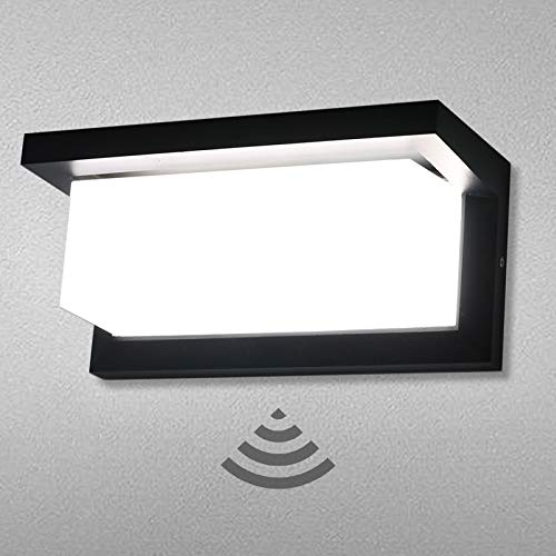 Lamker 18W Apliques de Exterior con Sensor de Movimiento 6000K Blanco Frío Lámparas Pared LED Impermeable Aplique Moderna Diseño Iluminación Luz Decorativo para Balcón Jardín Porche Patio Garaje