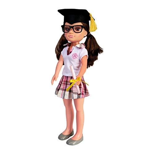 Nancy - Un día de Graduación (Famosa 700015388)