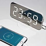 Kaever Led Uhr, Wecker Digital, Uhr leuchtet im Dunkeln, Digitale Uhr Grosses Display, Wecker Ohne Ticken, 3-Stufen Helligkeitskontrolle, Mode Spiegel Aussehen, Dual-USB-Ladegerät-Anschluss wecker