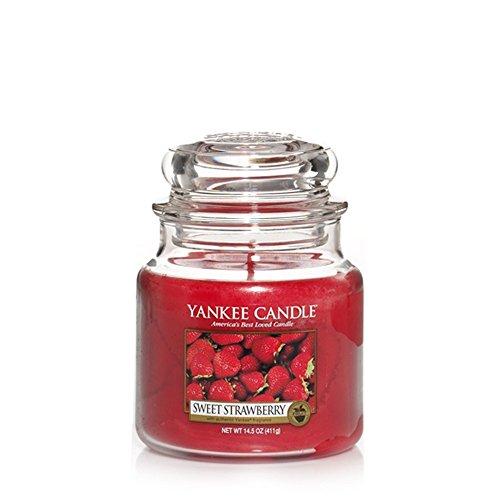 Yankee Candle Sweet Strawberry Vela Aromática en Frasco Mediano, Rojo, 410g