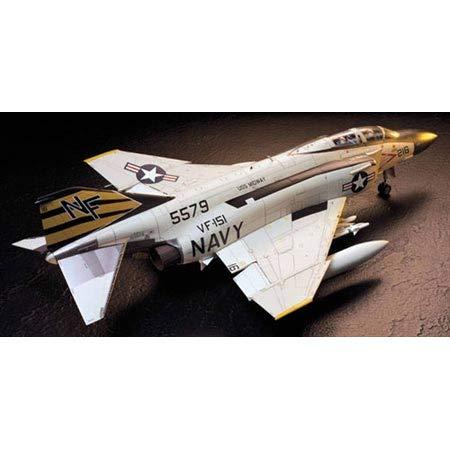 タミヤ 1/32 エアークラフトシリーズ No.06 アメリカ海軍 マクダネル ダグラス F-4J ファントムII プラモデ...