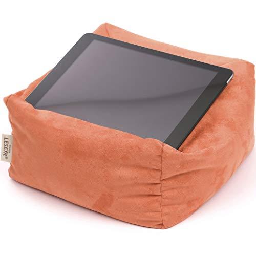 LESEfit Soft antirutsch Lesekissen, Tablet Kissenständer kompatibel mit iPad, Sitzsack für Buch & e-Reader (multifunktionale Quader-Form) für Bett & Sofa - Wildleder-Imitat orange Terracotta