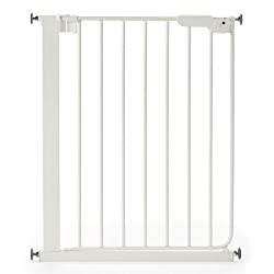 Pressure fitting. L-shaped frame for wider walkthrough Narrow gate. Fits a width of 62.5cm – 69.5cm Two way opening Triple locking system One handed operation Meets Safety Standard EN1930:2011