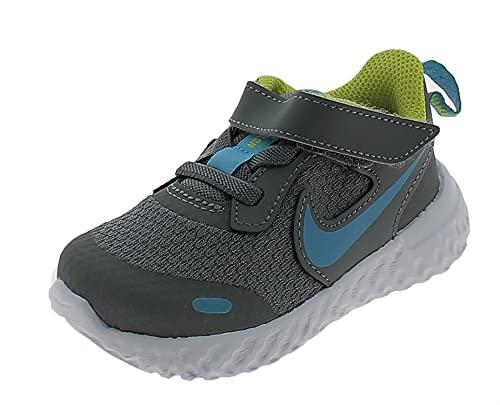 Nike Revolution 5, Zapatillas Unisex niños, Gris Ahumado, Cloro Azul, 27 EU
