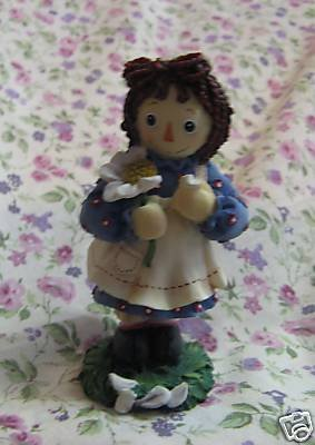 Raggedy Ann and Andy - He Loves Me -  Enesco, 640476