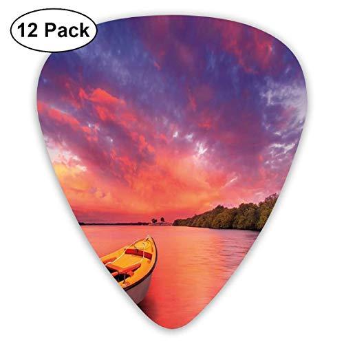 Púas de guitarra Costa encantada con un bote de remos bajo el mágico cielo brumoso Imagen de la naturaleza pacífica, para guitarras acústicas eléctricas bajas-12 Pack