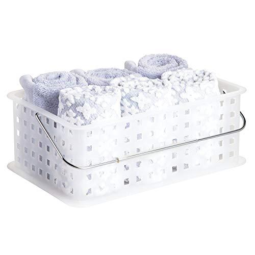 InterDesign Basic Cesta organizadora, canasto Organizador de baño tamaño Mediano en plástico para artículos de Ducha y cosmética, Transparente