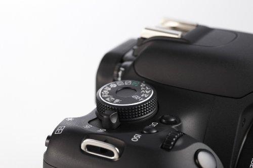 Canon EOS 600D SLR-Digitalkamera (18 Megapixel, 7,6 cm (3 Zoll) schwenkbares Display, Full HD) Kit inkl. EF-S 18-55mm 1:3,5-5,6 IS II