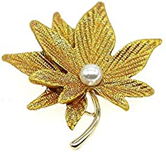 HSQYJ Maple Leaf Brooches Fashion Beautiful Metal Pearl Enamel Sandblasting Brooch Retro Painting Double-Layer Lapel Pins for Women Girl Jewelry Gift (Gold Maple Leaf Brooch)