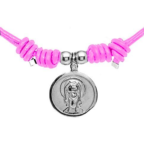 Kokomorocco Medalla comunión Virgen niña de Plata de Ley y Cuero, Collar Ajustable, Cuero Color Rosa Claro, Regalo de cuentecito con la Leyenda de la Virgen niña