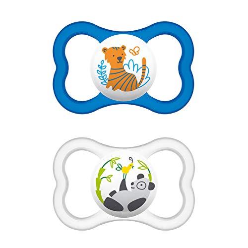 MAM Air Latex Schnuller im 2er-Set, extra leichtes und luftiges Schilddesign, zahnfreundlicher Baby Schnuller aus Naturkautschuk mit Schnullerbox, MAM Schnuller 6-16 Monate, Tiger/Panda