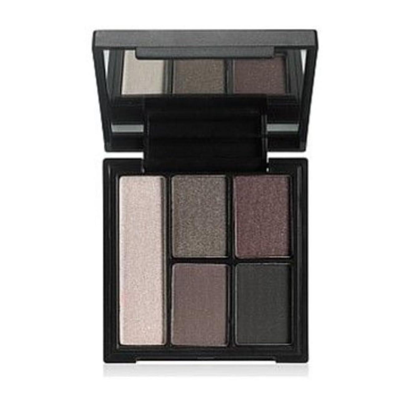研磨剤アクセスできない人類(3 Pack) e.l.f. Clay Eyeshadow Palette - Smoked to Prfection (並行輸入品)