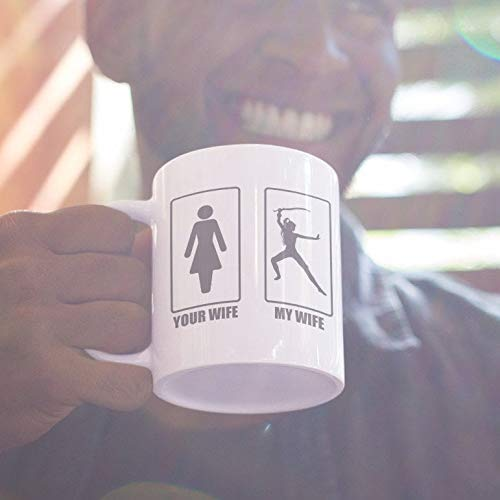 N\A Your Wife My Wife - Taza de café Genial de superhéroe para el Orgulloso Esposo Casado como Super Woman Marriage Gift Hubby de Best Superwoman Spouse Silhouette