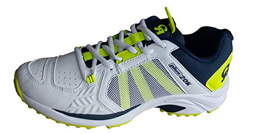 CA Plus 20K Cricket Shoes (EU-42)