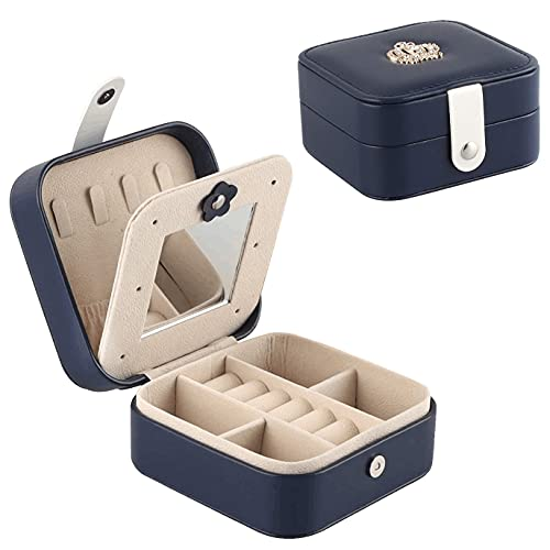 TOKTEKK Joyero organizador pequeño de viaje portátil de piel sintética para pendientes, collares, anillos, cajas de almacenamiento para mujeres, niñas, adolescentes, 11 x 11 x 5,8 cm (azul marino)