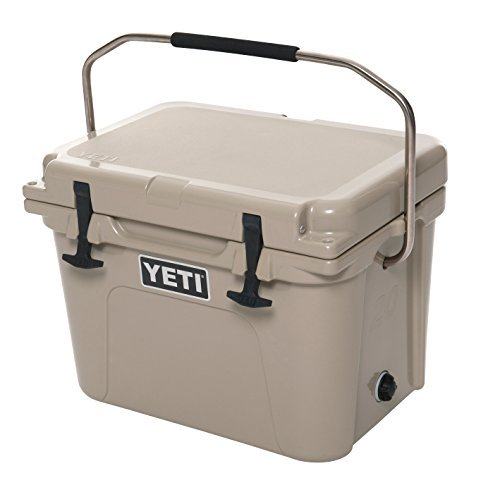 YETI Roadie 20 Cooler, Desert Tan