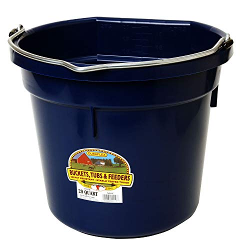 Little Giant Plastic Animal Feed Bucket (Navy) Flat Back Plastic Feed Bucket with Metal Handle (20 Quarts / 5 Gallons) (Item No. P20FBNAVY6)