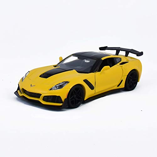 2019 Chevrolet Corvette ZR1 Orange with Black Accents 1/24 Diecast Model Car by Motormax 79356
