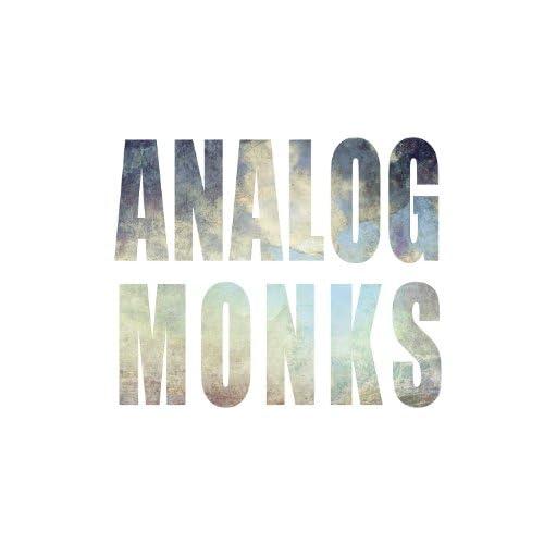 AnalogMonks feat. The Maneken