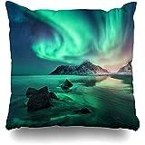 AmyNovelty Invierno Verde Aurora Northern Lights Islas Lofoten Norway Way Nature Cold Starry Stone Night Impresión a Doble Cara Fundas de Almohada para decoración de Interiores y Exteriores,45x45cm