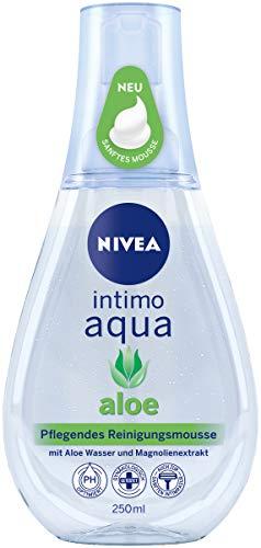 NIVEA Intimo Aqua Aloe pflegendes Reinigungsmousse im (250 ml), schäumendes Mousse zur Intimpflege, milder Reinigungsschaum mit Aloe Wasser und Magnolienextrakt
