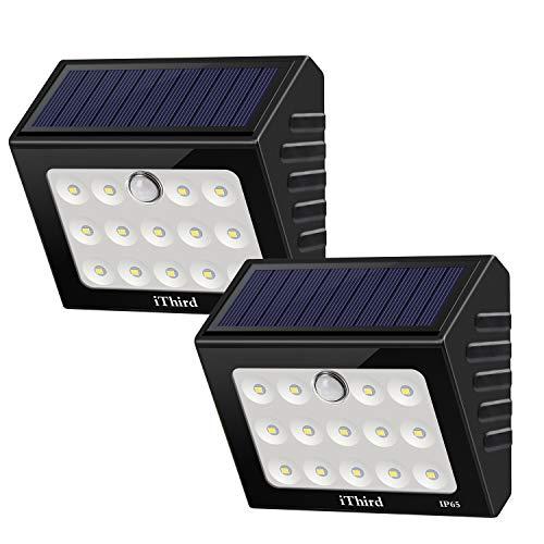 Sensore di movimento esterno per luci solari iThird Luci di sicurezza ad energia solare con LED Impermeabile per porta d'ingresso giardino Passerella percorso patio (Auto On/Off) (2 pezzi)