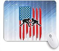 マウスパッド フラグとケーブルでアメリカの凧を飛んで幸せなうれしそうな夏の活動イラスト多色 ゲーミング オフィス最適 高級感 おしゃれ 防水 耐久性が良い 滑り止めゴム底 ゲーミングなど適用 用ノートブックコンピュータマウスマット