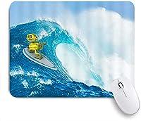 ECOMAOMI 可愛いマウスパッド オーシャンウェーブファニータートルリトルタートルサーフィンは波を上げる晴れた空を伴う 滑り止めゴムバッキングマウスパッドノートブックコンピュータマウスマット