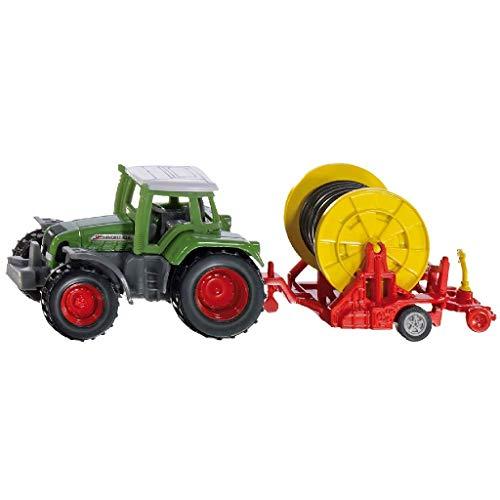 SIKU 1677, Traktor mit Bewässerungshaspel, Metall/Kunststoff, Multicolor, Abnehmbare Verteilerspritze