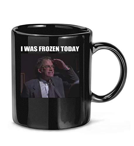 Taza de té con texto en inglés 'I was #Frozen Today