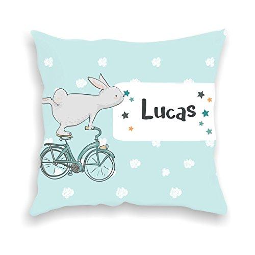 wolga-kreativ Kissen-bezug Deko-Kissen Hase mit Fahrrad 40x40 cm incl. Füllung Namenskissen Geschenk-e Baby-Kissen Kinder-Kissen Kinderzimmer Babyzimmer Mädchen Junge-n mit Namen (flauschig)
