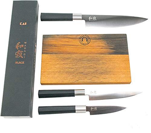kai Wasabi Black 67W14Coltello da cucina regalo set, japanisches Coltello da cuoco 20cm, molto Scharfes Santoku 15cm, Spelucchino 10cm + tagliere in antico barile con doghe 25x 15cm (Rovere)