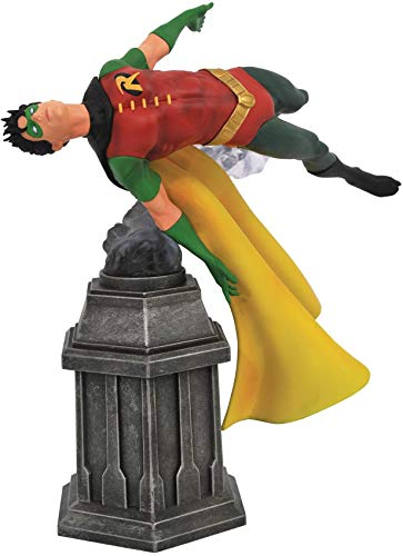 DIAMOND SELECT TOYS DC Gallery: Robin PVC Figure, Multicolor, 9 inches