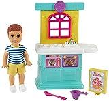 Barbie Famille Skipper baby-sitter coffret Jouons à Cuisiner avec mini-poupée garçon, éléments de cuisine et accessoires, jouet pour enfant, GRP16