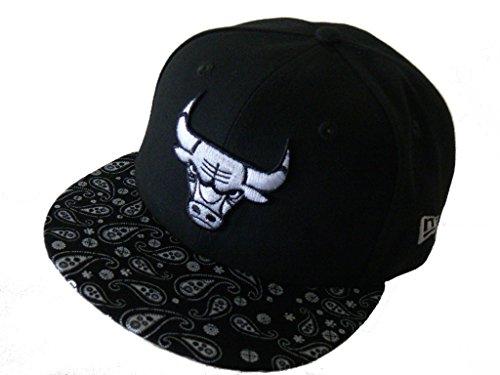New Era Baseball Cap 59FIFTY Chicago Bulls Paisley Visor Gr. 7 1/8