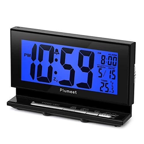 Plumeet digitaler Wecker mit automatisiertem Nachtlicht, Temperaturanzeige, Schlummerfunktion, großen LCD-Buchstaben, einfachen Einstellungen, batteriebetrieben (Blaues Licht)
