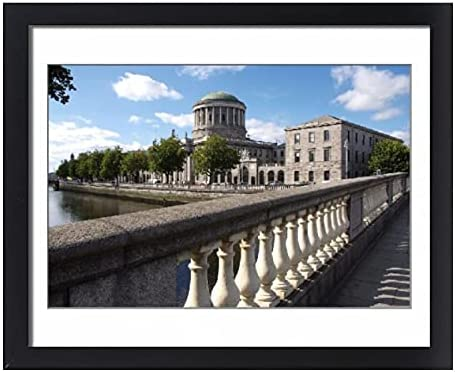 robertharding Framed 20x16 Print of Liffey River and Ranking TOP4 Four Courts El Paso Mall