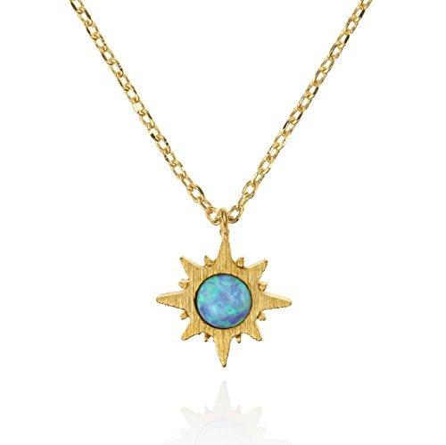 NAMANA Sonnen Opal Anhänger mit Halskette, gebürstetes Finish 14 Karat vergoldete Sonnen Schmuck mit Opal, nickelfrei und bleifreie mit kleinem Sonnenaufgang-Anhänger