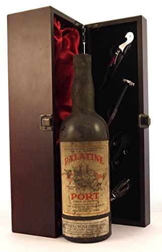 Palatine Port 1947 en una caja de regalo forrada de seda con cuatro accesorios de vino, 1 x 750ml