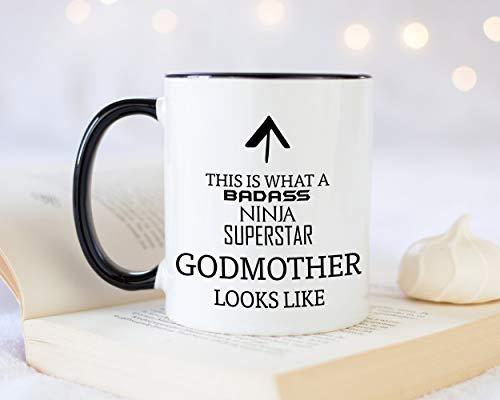 Taza de café con texto en inglés 'This is What A Badass Godmothermother Looks Like 325 ml, idea de regalo para padrinos bautizos, ceremonia de nombre, tía, familia MG0718