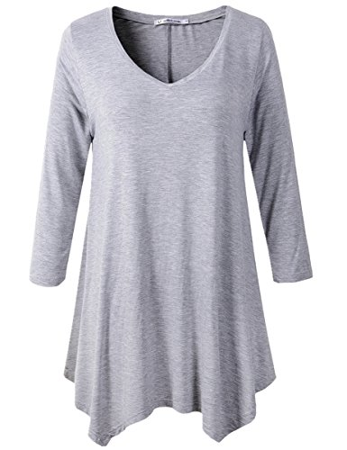 Plus-Size Maternity Tops & Tees