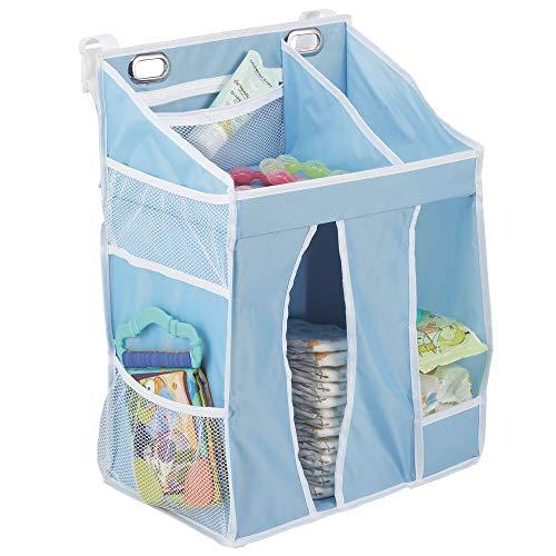 mDesign hängande skötväska för bebisar – sängficka i syntetiskt fiber för spjälsängar och skötbord – barnrumsförvaring med flera fickor och fack – ljusblå/vit