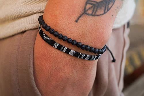 Made by Nami Boho Surfer-Armband 2er Set Herren & Damen - Handmade Strand Festival Accessoires - Azteken-Band Ethno Style - Männer Frauen Perlen-Armband - 100% Wasserfest (Schwarz & Lava-Stein)