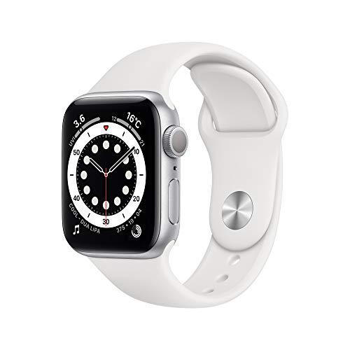 最新 AppleWatch Series 6(GPSモデル)- 40mmシルバーアルミニウムケースとホワイトスポーツバンド
