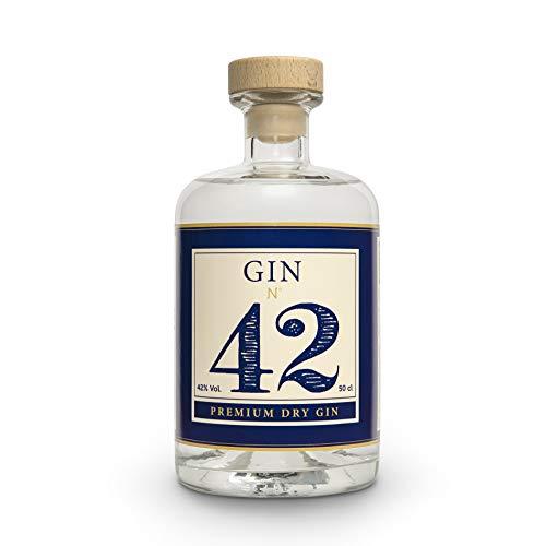 Gin 42 Premium Dry Gin 0,5l 42% Vol. - Handgefertigter Deutscher Gin Mit Hochwertigen Regionalen Gewürzen - Perfekt Im Set Mit Thomas Henry Tonic & Eis Im Cocktail Glas