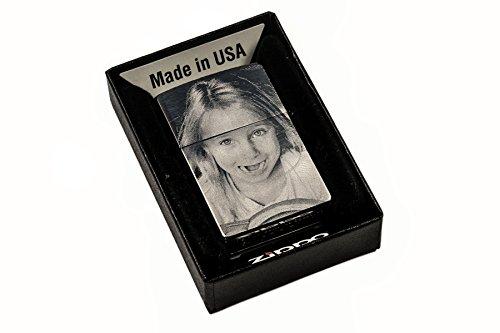 Zippo Feuerzeug mit BEIDSEITIGER Wunsch Gravur | Zippo graviert mit Deinem Foto und Text | Chrome Brushed Silber matt | personalisiert + individuell