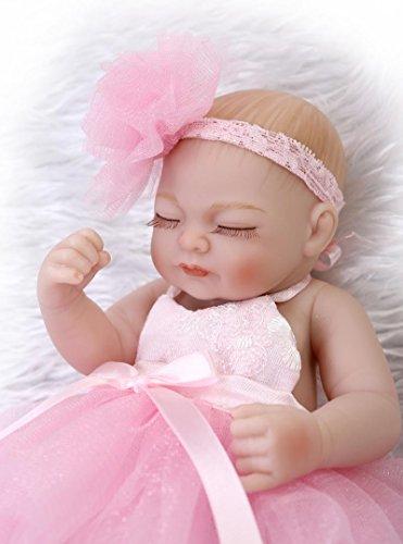 Pinky Reborn Lifelike 10 Pulgadas 26cm Ojos Cerrados Vestido Blanco Reborn Baby Girl Dolls Vinilo Completo Cuerpo Silicona Realista Newborn Baby Doll Muñeco Peluche Gratis Mejor Regalo para Navidad