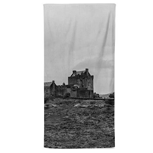 fotobar!style Handtuch 50 x 100 cm EIN Motiv aus dem Kalender Schottland in Schwarz-Weiß